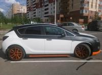 Пороги Rieger для Opel Astra J
