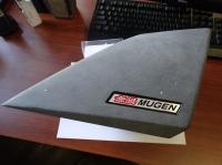 Шильдики в спойлер Mugen для Honda Accord 7