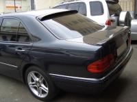 Козырек на заднее стекло для Mercedes-Benz E-Class (W210)